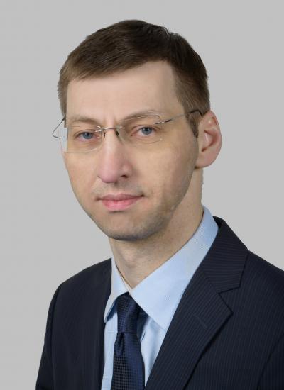 Олег Аксаментов